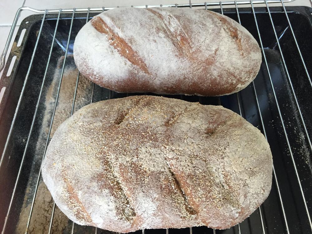 לחם שמרים עם קמח מלא טעים טעים!