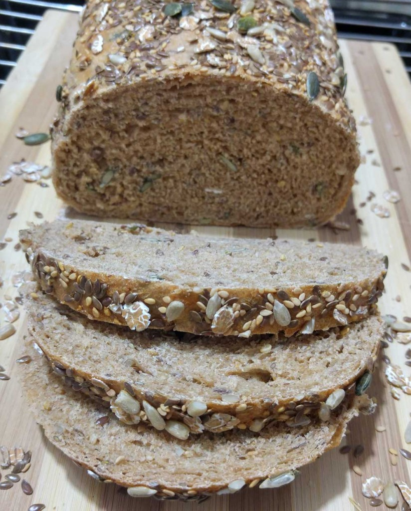 לחם כפרי מפנק ועשיר בדגנים