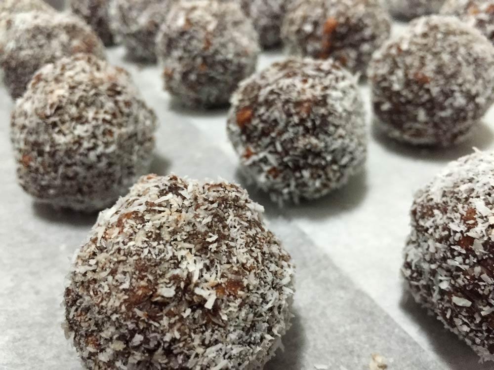 כדורי שוקולד טעימים וקלים להכנה