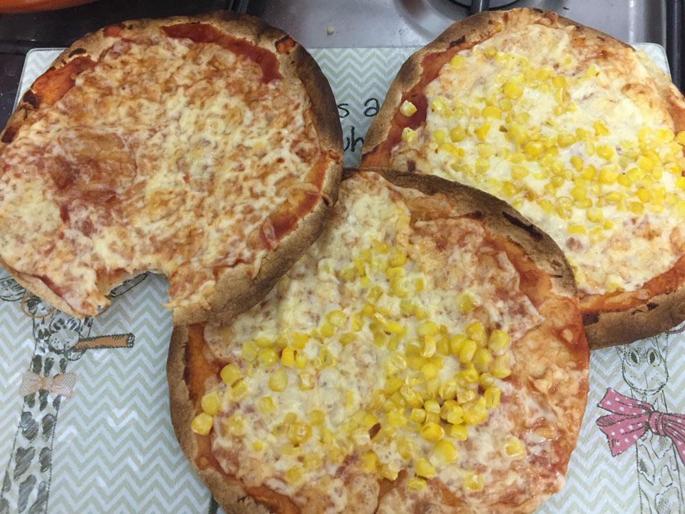 פיצה טורטיה טעימה בטירוף וסופר קלה להכנה!