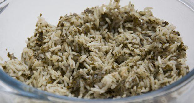תבשיל אורז עם עלי גפן - תחליף גאוני ומהיר הכנה לעלי גפן ממולאים