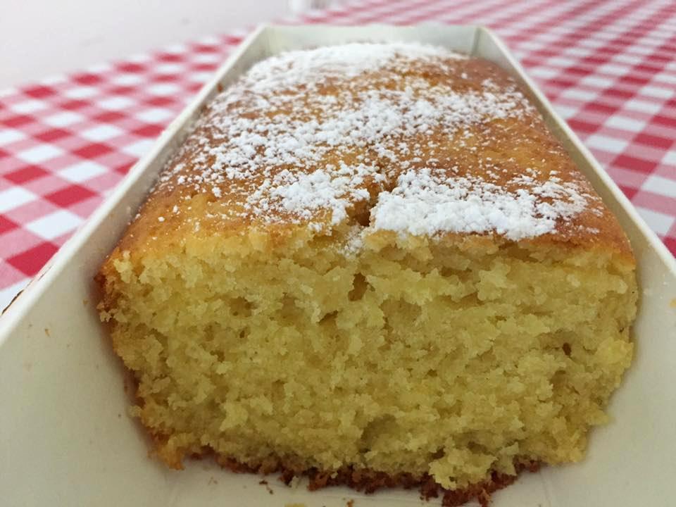 עוגת מיץ תפוזים בחושה רכה, נימוחה וסופר קלה להכנה