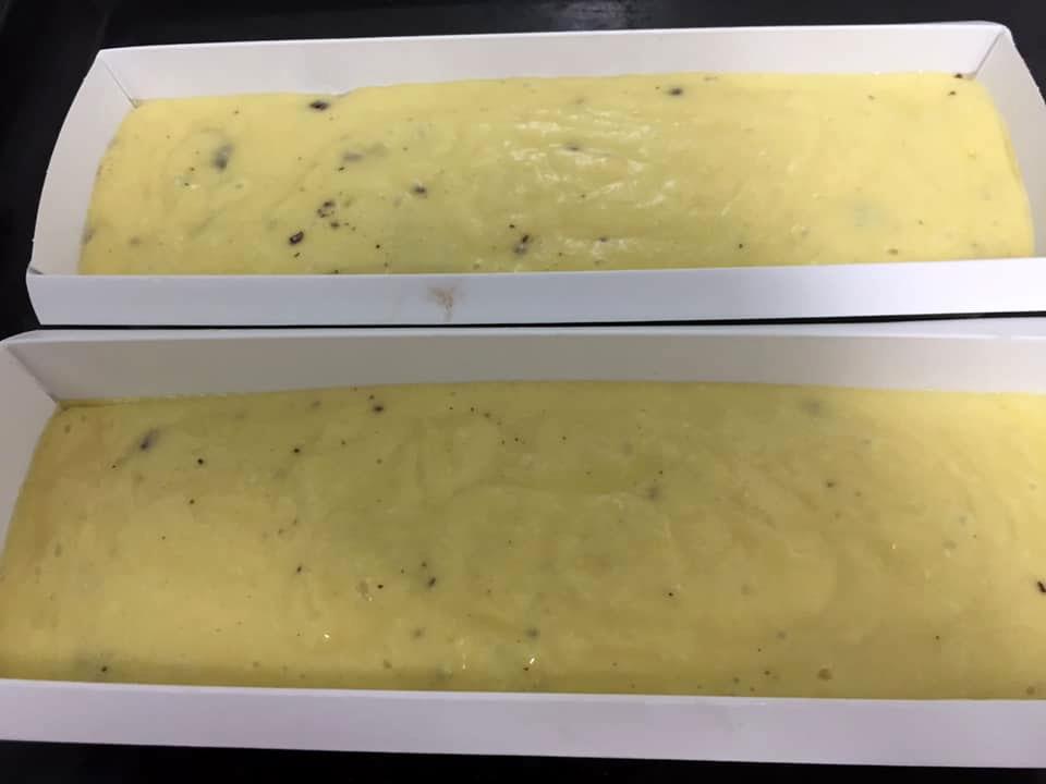עוגת תפוזים, קוקוס ואינטנט פודינג וניל מושלמת וקלה להכנה - בתבניות אינגליש קייק ובתוספת שוקולד צ'יפס