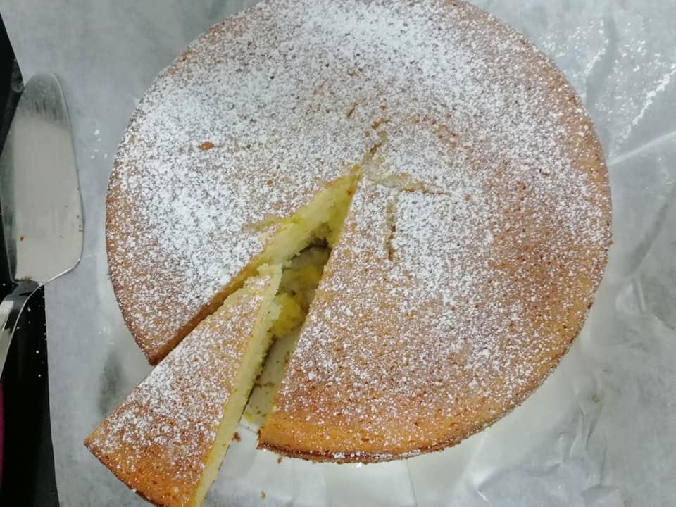 עוגת תפוזים אוורירית ונפלאה לשבת בבוקר מזווית נוספת