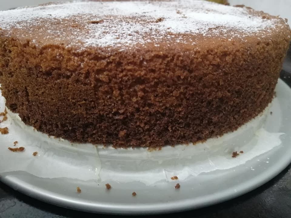 תראו כמה גבוה עוגת הלייקח שיש תפוזים הזו